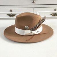 Chapéu de lã cáqui largo 2021 Chapéu de lã cáqui para mulheres e homens com pinos penas fedoras artesanais por Hukaili