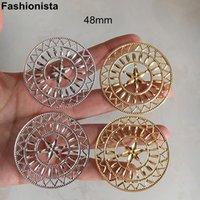 PCS / 4 PCS Estampado de metal Elaborado flores de filigrana redonda también Conectores 48mm encantos huecos Oro / Plata-color -f