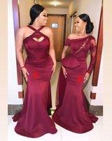 2021 Vestidos de dama de honor de Sirena Roja Oscura Dos DIFERENTE ESTILO DIFERENTE Sudafrican Wedding Guest Gows Gows Gows Maid of Honor Vestido Más Tamaño