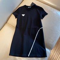 Kadın T Shirt Uzun Stil Elbiseler ile Bayan Bahar Yaz Sonbahar Rahat Elbise Tees Gömlek Yuvarlak Boyun Yüksek Kalite Kısa Kollu Tops