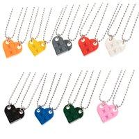 2021 الأزواج الطوب قلادة القلب قلادة قلادة للصداقة 2 قطعتين مجوهرات مصنوعة من lego elements هدية عيد الحب