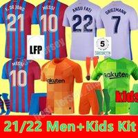 Uomini + Kids Kit 21 22 Barcellona Jersey di calcio 2021 2022 Messi Ansu Fati Camiseta Futbol Griezmann De Jong Kun Aguero Maillots Foot Casa Away Jerseys Camicia calzini da calcio