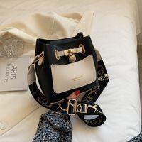 2021 Lüks Ünlü Tasarımcı Çanta Omuz Çantaları Çapraz Vücut Debriyaj Lady Moda Çanta Hakiki Deri Klasik Eyer Kadınlar Sadelik 1955 Horsbit Crossbody