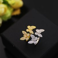 woman Charm carti stud Earrings Butterfly cleef rings Designer Pendant Necklaces Screw Bracelet Van Loves Fashion with box 31