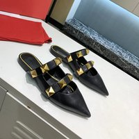 Italie Designers Femmes Sandales Sexy Sandals VG Gold Rivet Slipper 6.5cm Hauts High High Heel Sliders Calfskin Luxe de luxe Chaussures de styliste All-match avec boîte