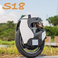 الدراجة الهوائية الأحادية العجلة الدراجة الهوائية الحجيدة 50KM / H امتصاص الهواء KS-S18 84V 1110Wh 2200W أبيض أسود monowheel ركلة سكوتر