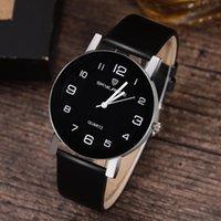 Diseñador Luxury Brand Watches Women Black Cuero Banda de acero inoxidable Muñeca Dama de Cuarzo Dama Femenina Casual Es