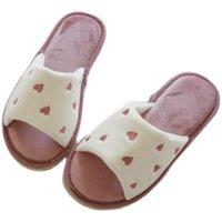 Otoño e invierno estilo japonés rosa bordado amor abierto dedo del pie abierto zapatos adultos para adultos interior grueso resuelto mujeres zapatillas mujer