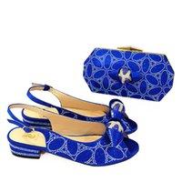 2021 Llegada Africano Buena Calidad Color azul Zapatos y bolso Set Nigerian Women Fiesta de boda Q01