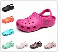 Pantoufles Été Crocks Slocks Slock sur Jardin décontracté Chaussures imperméables Femmes Stickers Stickers Hôpital Sandales médicales 149D #
