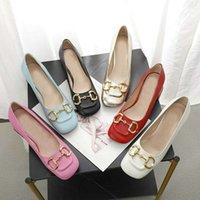 2021 Yeni Kare Elbise Kadın Ayakkabı Yaz Moda Inek Derisi Yüksek Topuklu Kaba Topuk 100% Deri Metal Toka Lady Tasarımcı Topuklu Tekne Ayakkabı Büyük Boy 35-42 US4-US11