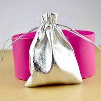 100 шт. / Лот серебро сатин подарочная сумка 7x9см маленькая свадьба рождественские подвески ювелирные украшения упаковки сумки милый чехол