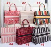 Luxurys Mulheres Totes Bolsas High-End Retro Leopard Livro Tote Saco De Embreagem Alta Qualidade PU Bolsa Grande Capacidade De Capacidade Compras devem ser sacos