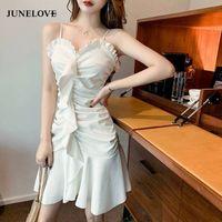 Летний без бретелек урезанный романтический белый мода тощий короткое платье ночной клуб женщины вечеринка сексуальная элегантная женщина 210517