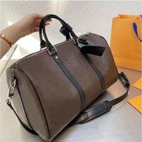 Designer Luxus Männer Frauen Reisetasche Duffle Bag Leder Gepäck Handtaschen Große Kapazität Sporttaschen 56cm
