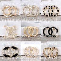 Top C Letter Jewelry Designer Brooch Pearl Diamond Brooches Pin Tassel Donne Brooch Brooch Abbigliamento Decorazione abbigliamento Alta qualità