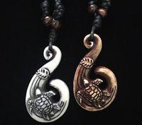 Homens resina imitação óssea óssea branco marrom gancho de peixe mar acaso tartarugas pingente charme colar de madeira grânulos ajustáveis corda