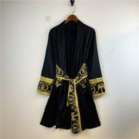 Robe di seta da uomo e da donna Accappatoio retrò ricamo retro ricamo liscio satinato di lusso lussuoso salotto abiti caldi vendite a buon mercato