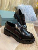 Venda direta de alta qualidade mulheres vestido sapatos moda mão costura confortável couro real shoess festa de casamento estudante sapato sapato de embalagem de sapato 35-41