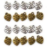 Charms 50 stks hand gemaakt met liefde hart hangers ketting legering metalen kralen voor diy sieraden armband maken