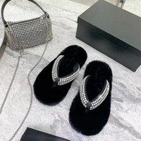 Winter New Slippers Women Diamond Fur Slides Open Toe Flip Flop Rhinestone Mules Flats Designer Woman Shoe