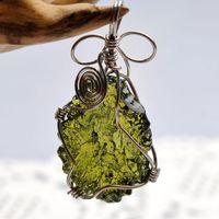 Naturale Moldavite Green Crystal Energy Stone Pendant per uomo e donna Collana Collana Belle gioielli LJ201016 620 Q2