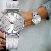 Luxusmänner und Damenuhren Designer Marke Uhren Tre-Armband EN Silikon gießen Femmes, Unisexe, Argent, Avec Cadran Cur, Maille,