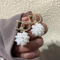 Coreano elegante lettera floreale orecchino 925 Sterling Silver Stud Orecchini retro di fascia alta Presente per le ragazze Lady 2021 Ins Temperamento Simple Top Quality Personality