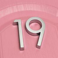 Neuheitselemente 2 stücke Zifferntür Plakette Haus Schublade Zeichen Überzugsgatter Ziffern 0 bis 9 Kunststoff Nummern Tag EL Home Aufkleber Adresse Etikett
