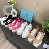 Clássicos Mulheres Espadrilles Aumentando Sapatilhas Designer Sapatos de Tênis e Real Locais de Lambskin Dois Tom Cap De Tee Moda Casual Sapato por Home011 01
