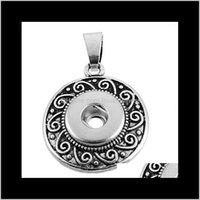 Collares gota de entrega 2021 Snap colgantes botón Chunk luna colgante del corazón Botones Cierres para Charms pulseras pendiente del collar de bricolaje Noosa J