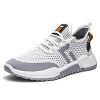 2021 Moda uomo scarpe da corsa nero bianco verde grigio uomo sport sneakers formatori EUR 39-44 ni ok goodgoodsneakers fashion_clubs des chauss