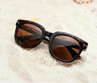 Lujo Top Qualtiy Nueva Moda 211 Tom Gafas de sol para hombre Mujer Erika Eyewear Ford Designer Sun Gafas de sol con caja FT