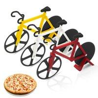 Bicicleta en forma de bicicleta cortador de pizza de doble corte de ruedas de corte de cuchillo rebanador de bicicleta con herramientas de soporte Gadgets de cocina