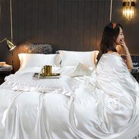Europäischen Stil 60 Seide vierteilige Set Mulberry Quilt Cover Seide Bett Blatt Kissenbezug Eis Spread Ding 210727