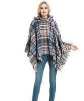 여성 스웨터 여성 따뜻한 격자 무늬 후드 케이프 Poncho 겨울 칼라 니트 스웨터 야외 착용 패션 여성을위한 술 코트 후드