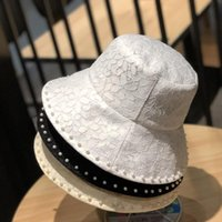 Bucket Lace pearl Hat Cap Fashion Men Stingy Brim Hats Man Women Designers Unisex Sunhat Fisherman Caps Embroidery Badges Breathable Casual Highly Quality