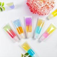 All'ingrosso lucido idratante labbra olio lucido etichetta privata per il procacciamento trucco incolore glitter nutriente trasparente lipgloss cosmetico