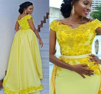 Charming Yellow Evening Dresses 2021 Sheath Overskirt Lace Applique Beading Long Prom Gowns Off The Shoulder Detachable Train Plus Size Formal Occasion Party Dress