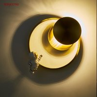 Wall Lamp Postmodern Astronaut Moon Rose Gold Metal Round Led Living Room Staircase Bedroom Art Decorative Sconce Light Fixtures