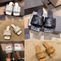 BFMth Leadcat Designer Fenty Rihanna 신발 슬라이드 여성 슬리퍼 모피 샌들 소녀 패션 스캔지 핑크 럭셔리 블랙 그레이 실내 실내