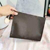 2021travel toaletowe torby kosmetyczne POuch Ochrona kosmetyczna Uroda Wash Leather Women Torba Sprzęgła Mono Wodoodporna płótno Luxurys Projektanci Przypadki 26cm Totes z pudełkiem