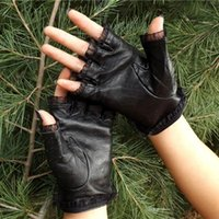 Five Fingers Gloves Antiskid Vintage Guantes Lace Fingerless Performance Fashion Strap Elegant Women Mittens Hollow Out Soft