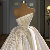Gorgeous Wedding Dress Dubai Arabic Luxury Crystal Sequins Beaded Pearls Ruched Satin A Line Vintage Bridal Gowns Chapel Train Marriage Robe de mariée