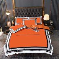 High-End-Steppdecke Bettwäsche 4pcs Set Luxus-Seide Home Schlafzimmer Bettblatt Night Sleep Kissenbezug Duvet Covers