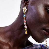Boucles d'oreilles en diamants de diamants de diamants de pierre de pierre de marque