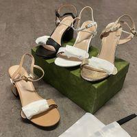 Lüks Kadınlar Yüksek Topuklu Deri Sandal Süet Orta Topuk 7-11 cm Tasarımcı Sandalet Siyah Beyaz 100% Dalfskin Yaz Elbise Parti Ayakkabı Boyutu 35-40 Kutusu Ile