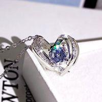 Pendant Necklaces Huitan Creative Heart Necklace Female Luxury Cubic Zirconia Wedding Party Accessories Love Gift Statement Women