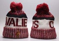 Bobble Hats Cleveland city Basketball cap Fashion Designer Bucket Hat Chunky Knit Faux Fur Pom Beanie Slouchy Beanies