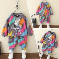 Sonbahar Erkek Renkli Grafiti Giyim Setleri Çocuklar Uzay Tavşan Baskılı Uzun Kollu Kazak Kazak + Dantel-up Kemer Pantolon 2 adet Çocuk Karikatür Kıyafetler Q1212